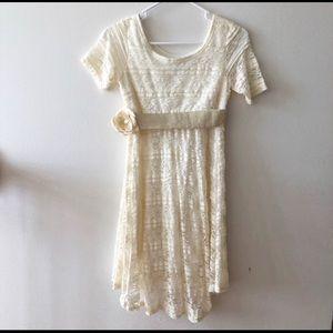 🍁 $3/25 My Mitchell cream dress (girls)
